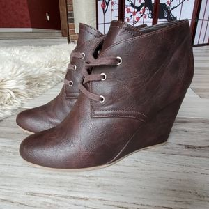 Dolce Vita DV8 Lace Up Wedge Ankle Booties